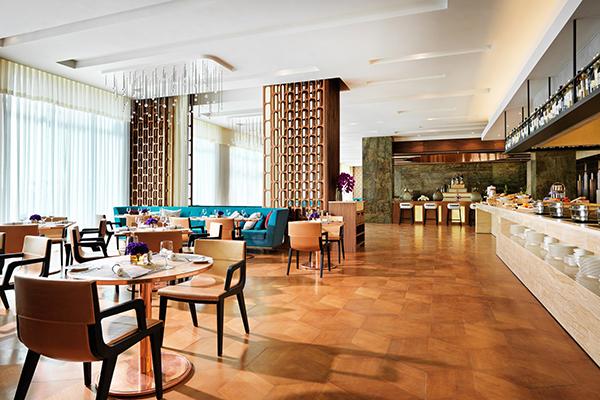 Отель Intourist Baku by Autograph Collection,Ресторан
