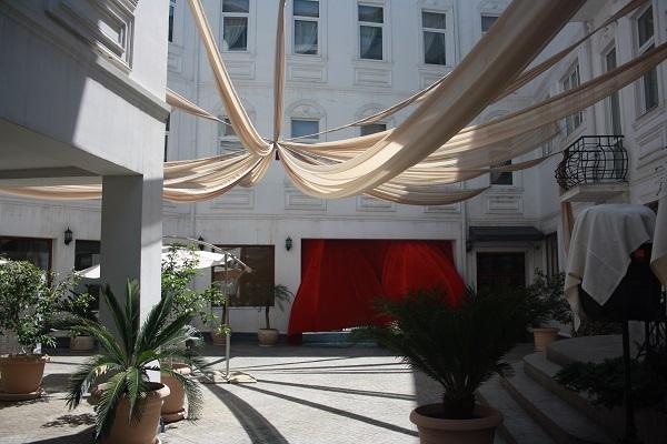Отель Атриум Виктория,Внутренний дворик