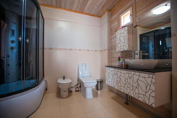 Коттедж Люкс(ванная комната)