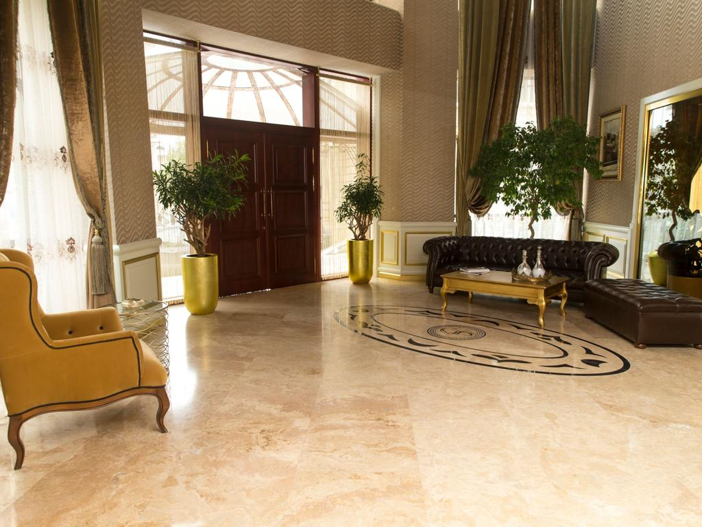 Отель Sapphire Inn,