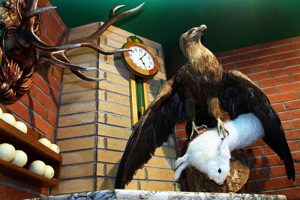 Гостиница Гавань,Бильярд-гостиная Охотничий домик