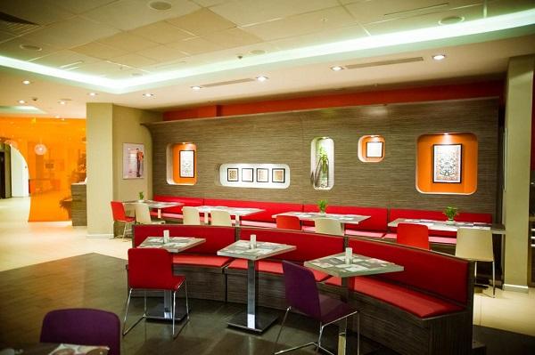 Отель IBIS Hotel,Ресторан