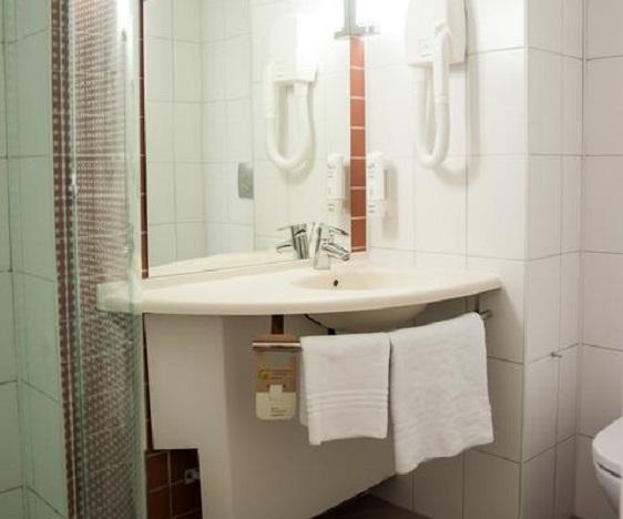 Отель IBIS Hotel,Санузел