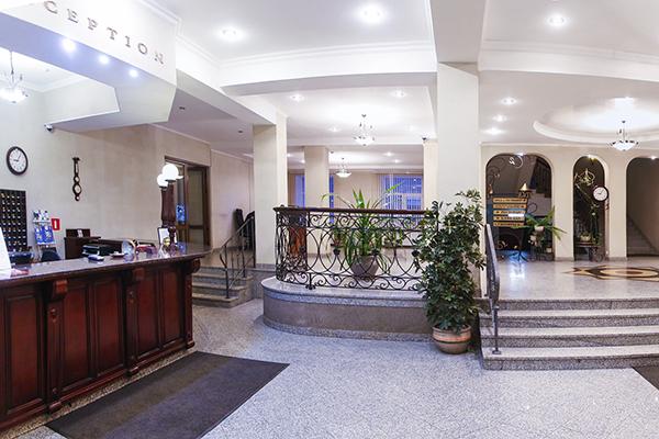 Гостиница Октябрьская,Холлы