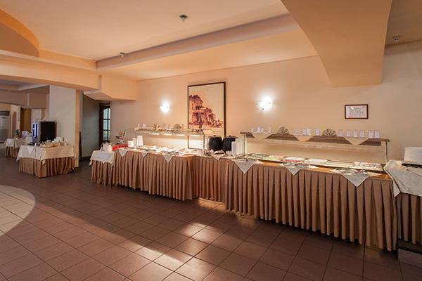 Отель Амакс Парк Отель,Шведский стол