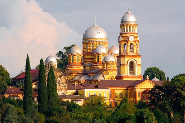 Гостиница Никополи,Новоафонский мужской монастырь
