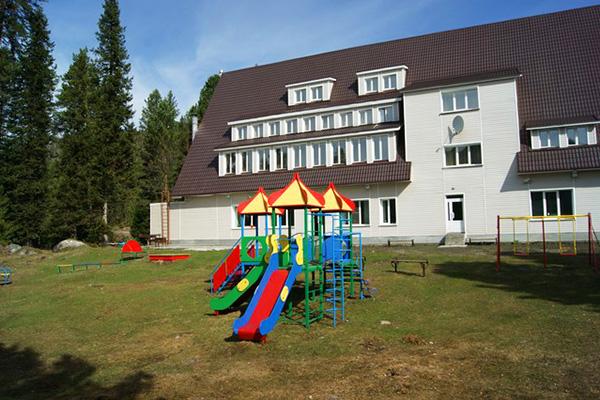 Гостиница Артыбаш,Детская площадка