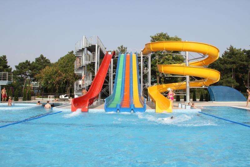 Горки (аквапарк)