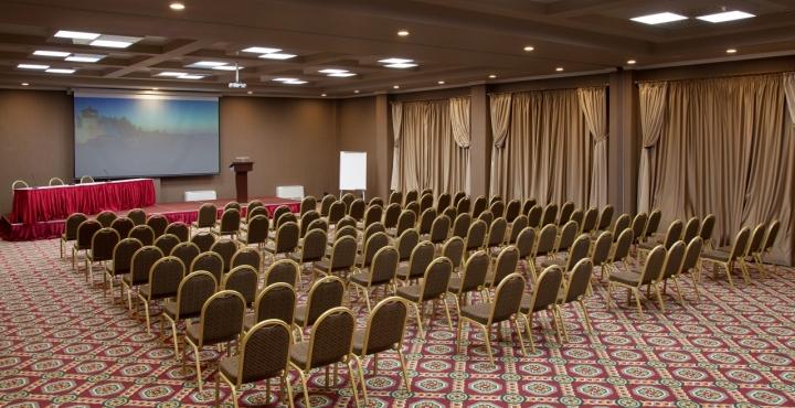 Отель Comfort Hotel,конференц-зал