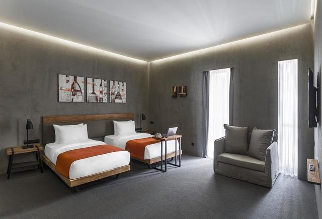 Отель IOTA HOTEL,