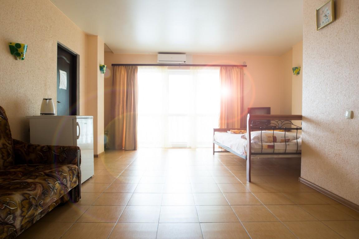 Отель Чайка ,Семейный 4-местный 2-комнатный