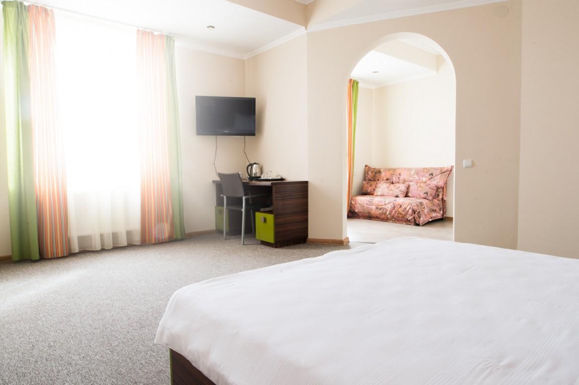 Отель Атлантик ,Семейный 2-местный 2-комнатный