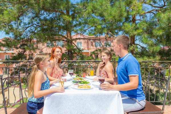 Ресторан «Ривьера»