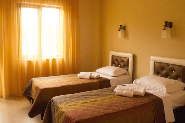 Отель Iberia Hotel,2-местный стандарт