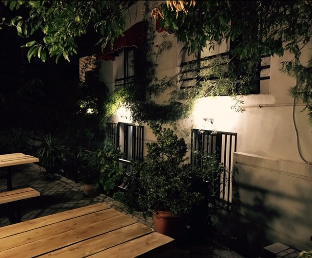 Отель Chardonnay Hotel Wine & More ,двор