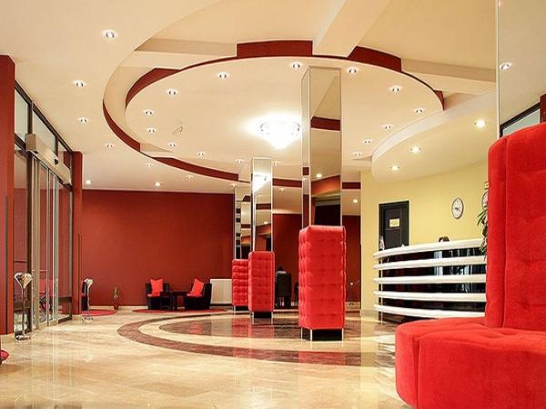 Отель Villa Palace ,холл