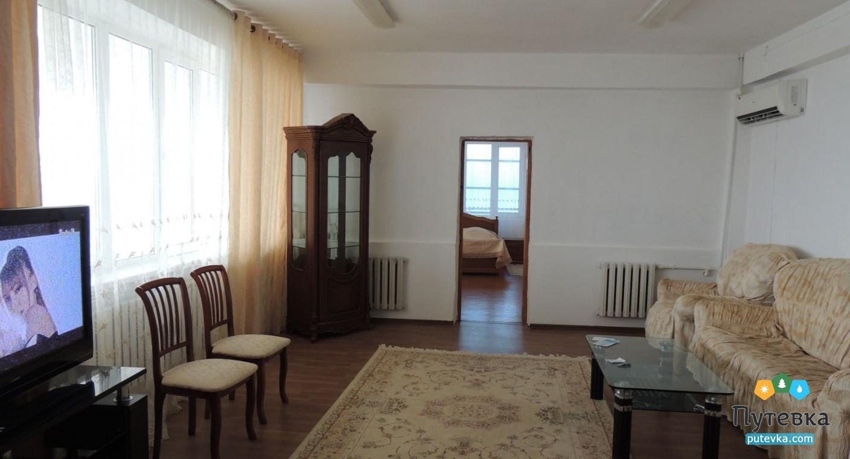 Люкс 2-местный 2-комнатный, фото 1