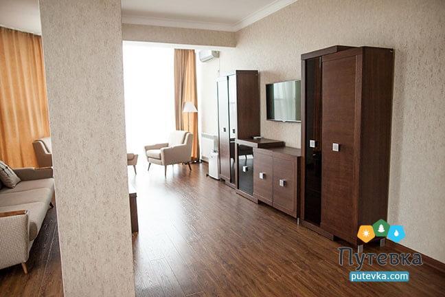 Люкс 2-местный 2-комнатный, фото 6