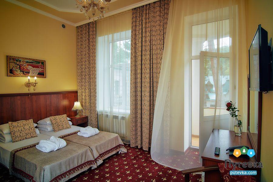 Джуниор сюит 2-местный 2-комнатный (с балконом), фото 3