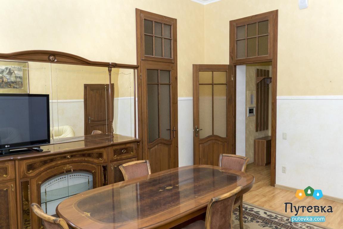 Фото номера Номер 3-комнатный с 2 спальнями и 2 балконами №29, 4