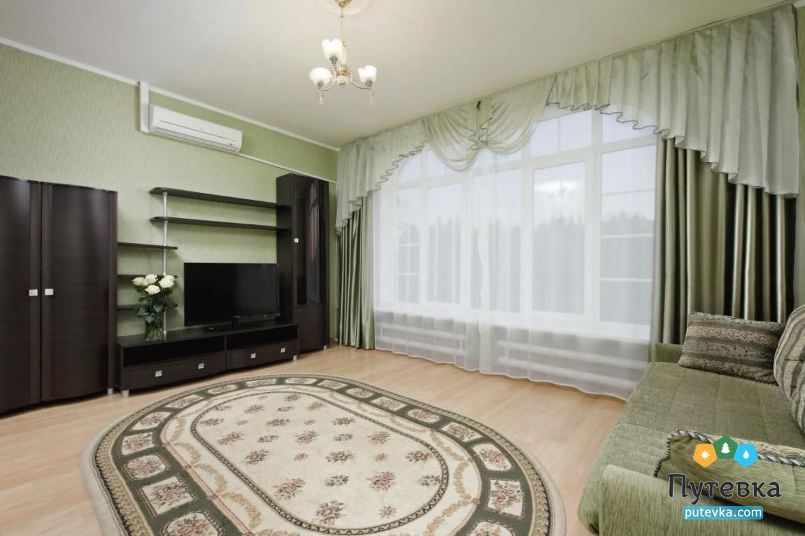 Фото номера Номер 2-комнатный без балкона №42, 45, 2