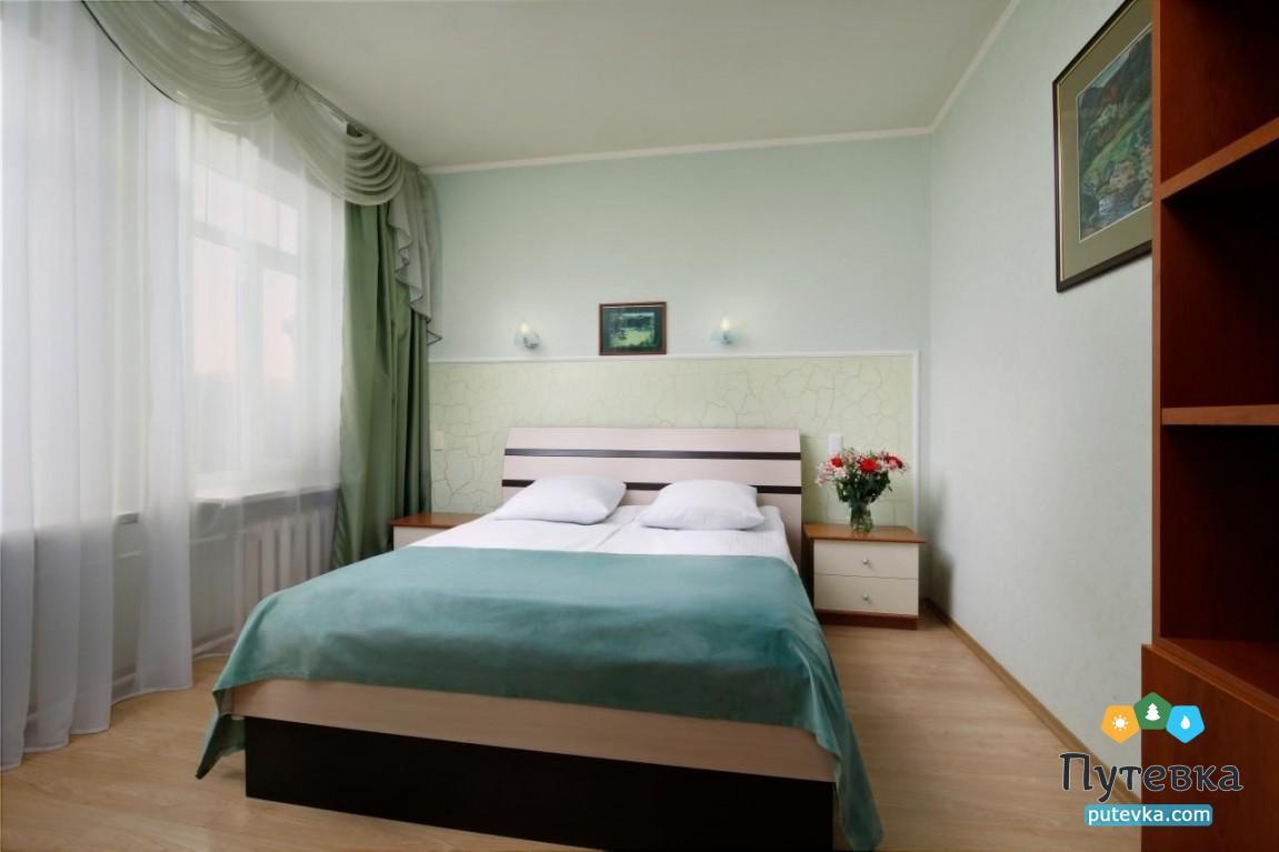 Фото номера Номер 2-комнатный без балкона №42, 45, 1