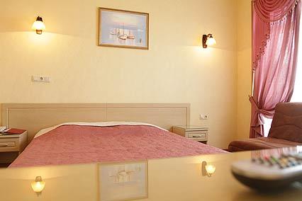 Отель Евразия ,Стандарт 2-местный улучшенный