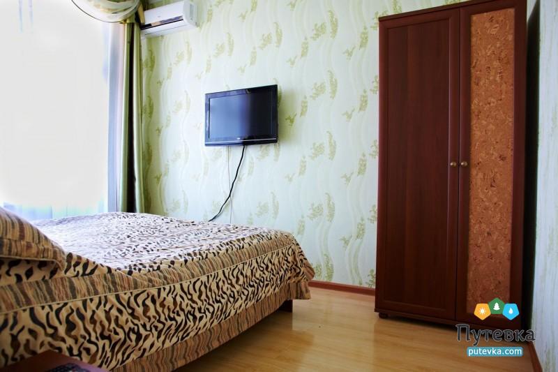 Люкс 2-местный 2-комнатный (с видом на море), фото 1