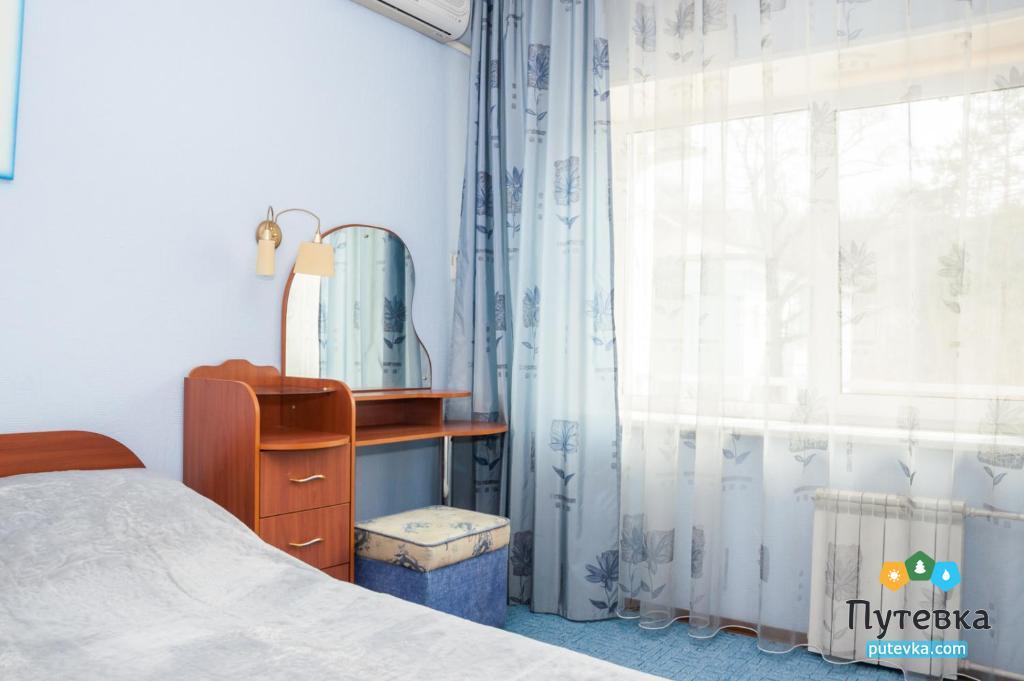 Люкс 2-местный 2-комнатный с балконом, фото 2