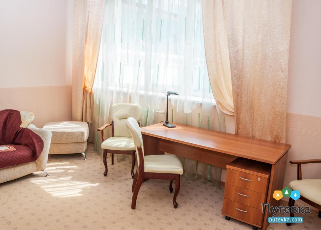 Люкс улучшенный 2-местный 2-комнатный, фото 4