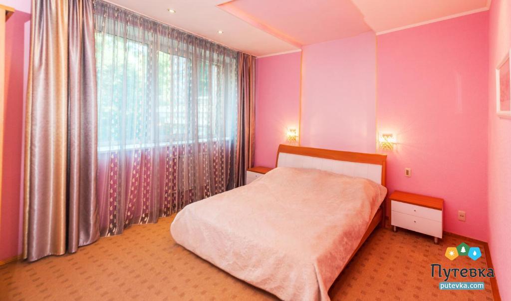 Люкс улучшенный 2-местный 2-комнатный, фото 1