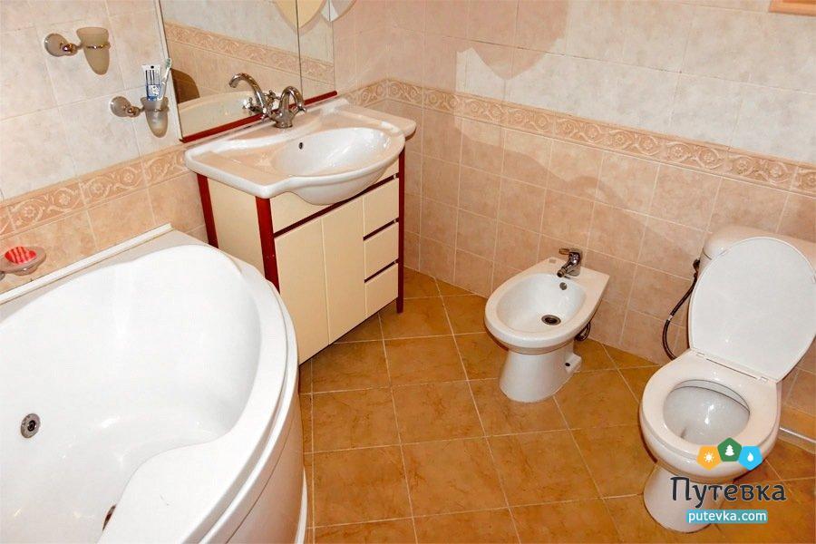 Люкс семейный 1-местный 2-комнатный, фото 4