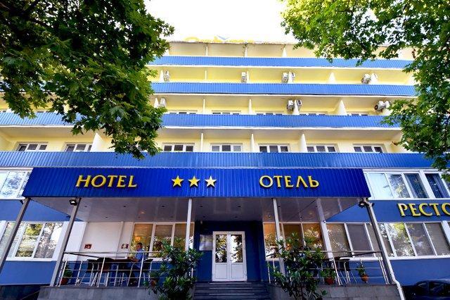 Отель Атлантика (ex. Оптима Севастополь),