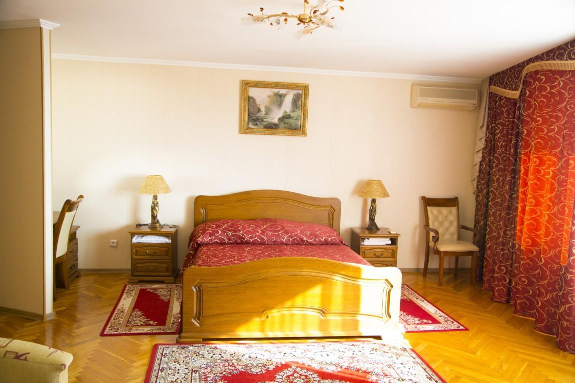 2-местный 2-комнатный номер «Люкс», фото 1