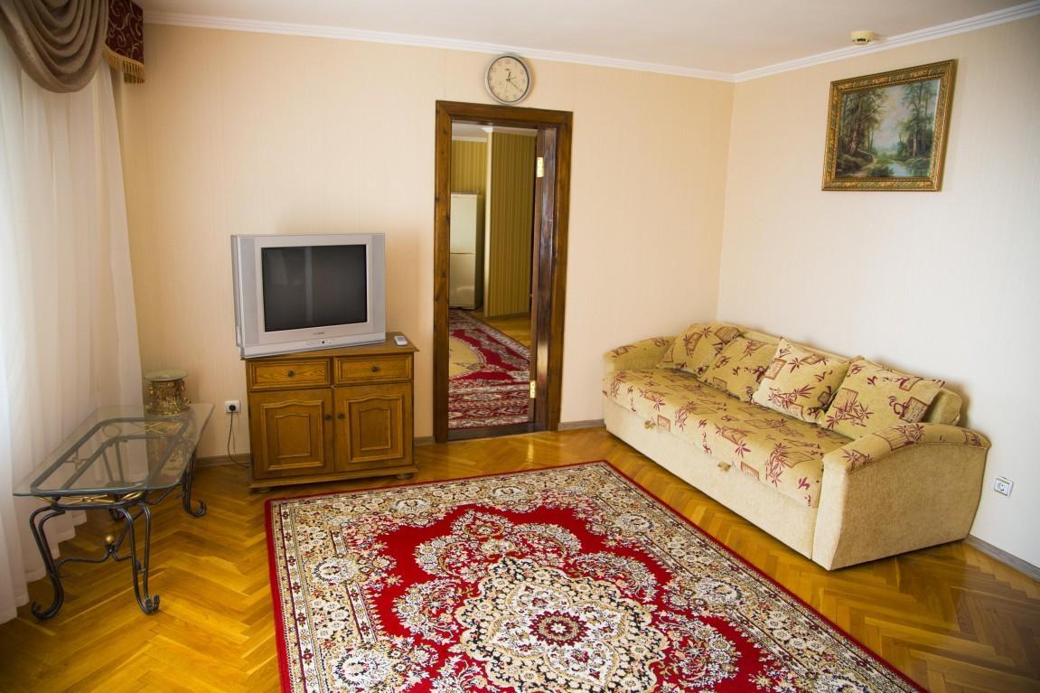 2-местный 2-комнатный номер «Люкс», фото 2