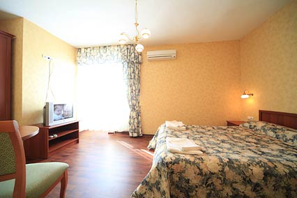 Отель Старый город,  3-х местный 2-комнатный