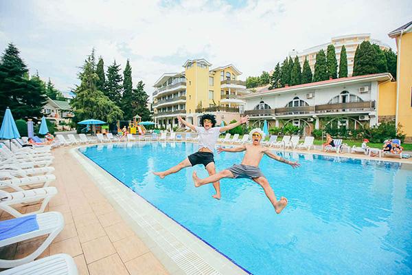 Парк-отель Демерджи,Открытый бассейн