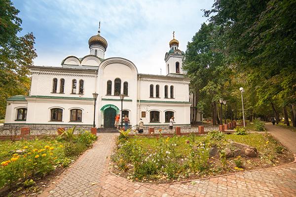 Санаторий Карачарово,Храм на территории