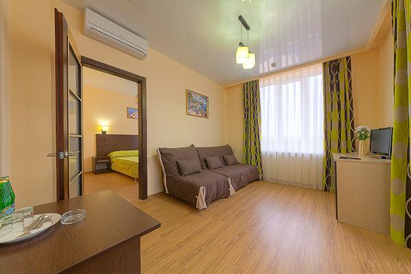 Отель Ателика Гранд Меридиан,Люкс 2-местный 2-комнатный