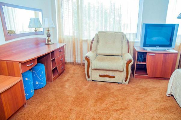 Гостиница Репинская,комфорт с джакузи