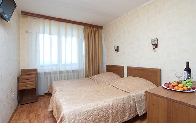 Гостиница Репинская,семейный 2комнат