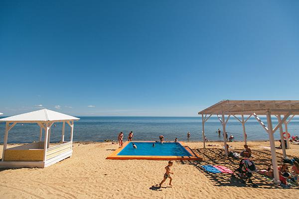 Пляж и Детский открытый бассейн на пляже