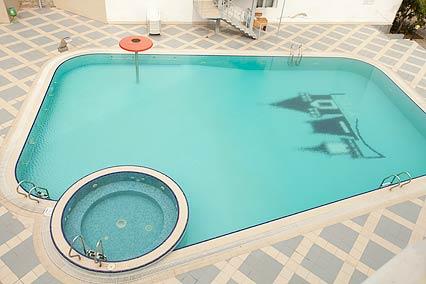 Санаторий Утес,Открытый бассейн