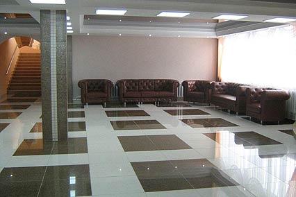 Холл столовой