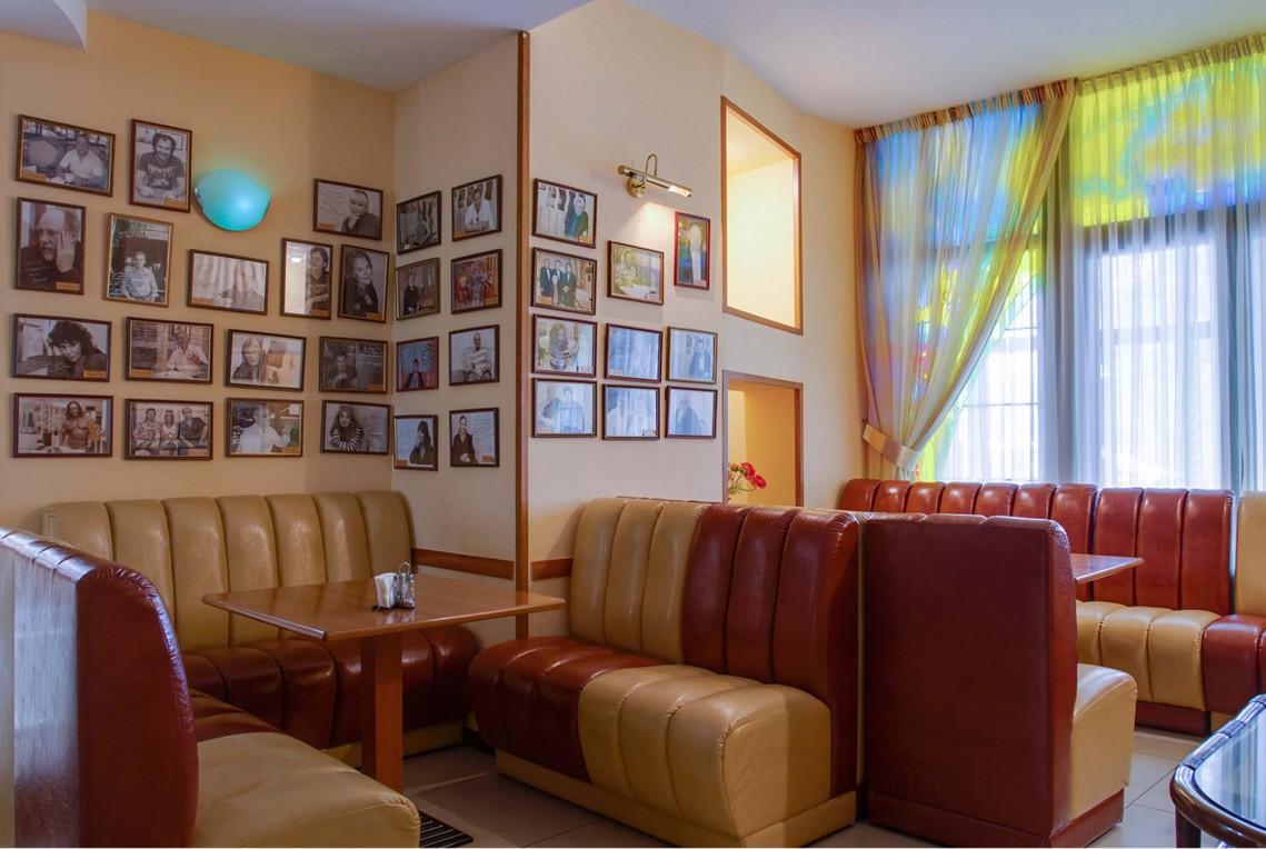 Отель Бристоль,Пиццерия