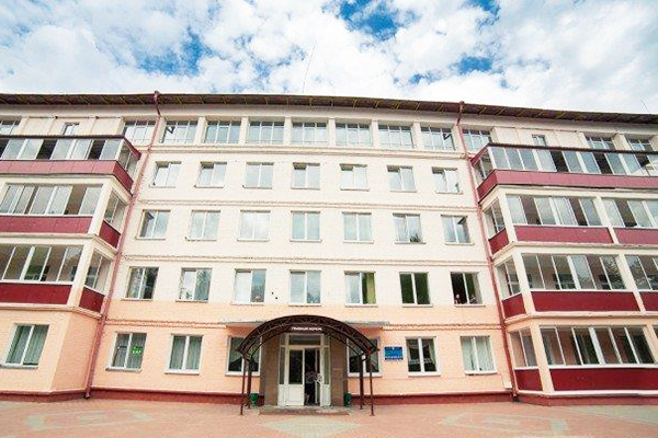 Санаторий Нарочанский берег,Главный корпус