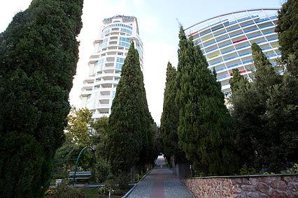 Отель Респект Холл Резорт (Respect Hall Resort),Сквер