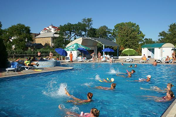 Туристско-оздоровительный комплекс Евпатория ТОК,Анимация в бассейне