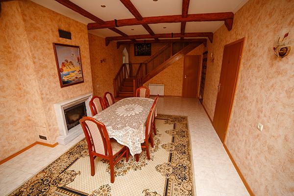 Гостиная, каминный зал