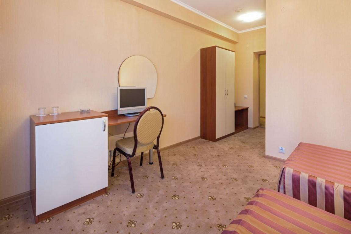 Гостиница Бригантина,Стандартный 2-местный 1 категории